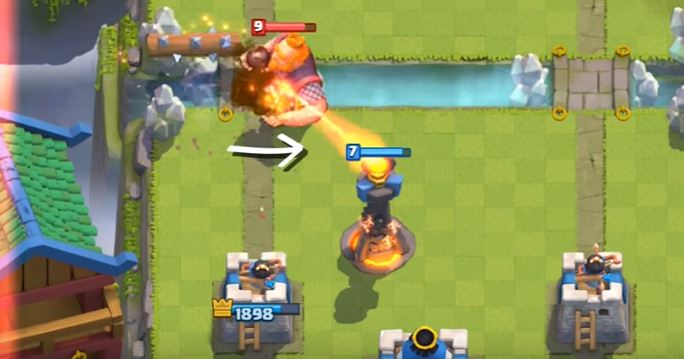 tronco clash royale su gigante royale